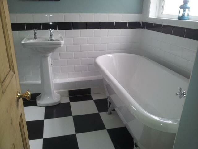 Vintage Style Bathroom Suite with Art Deco Flooring